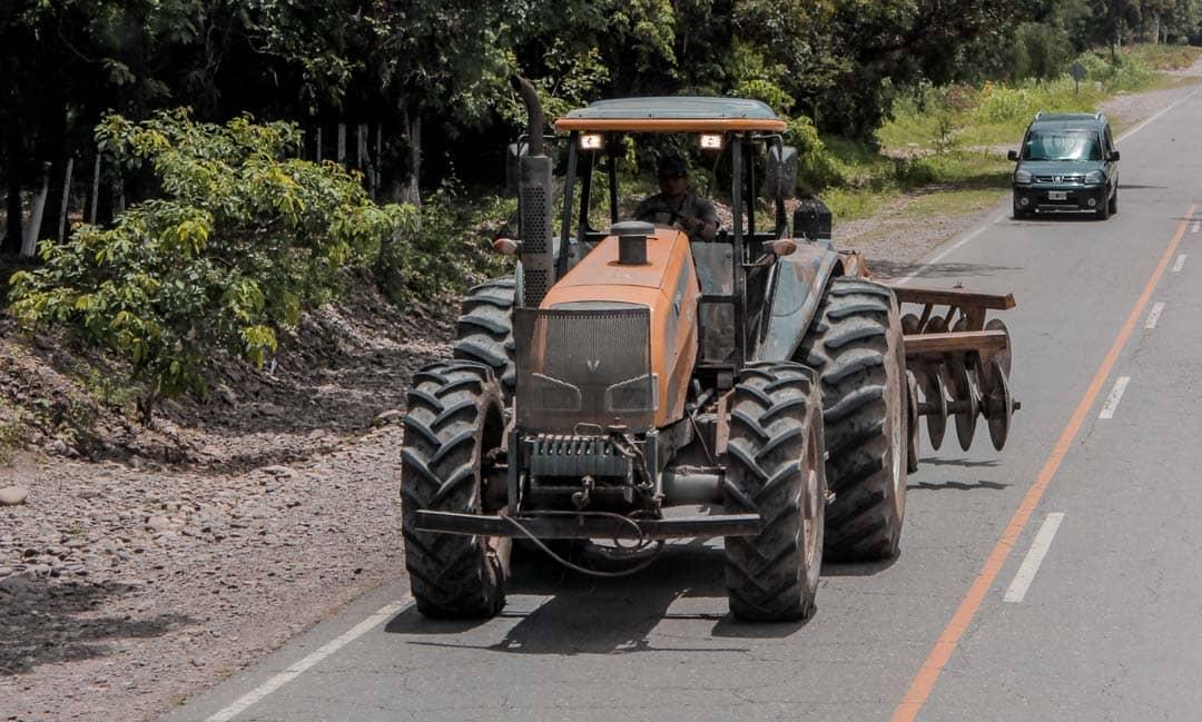 Seguro de asistencia en viajes a tractor